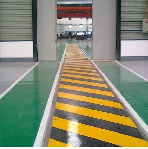 地坪漆施工中针孔蜂窝状产生原因及防治
